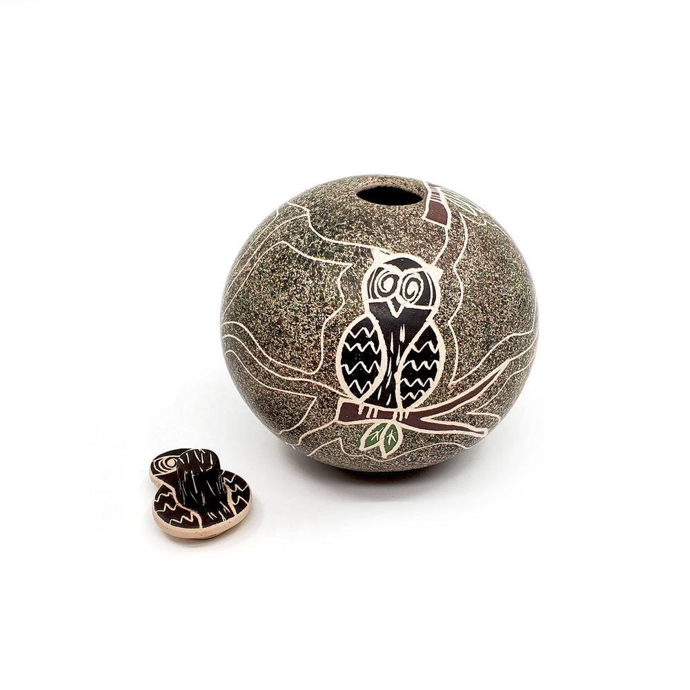 Medium Mata Ortiz Seed Pot - Round Lidded Owl