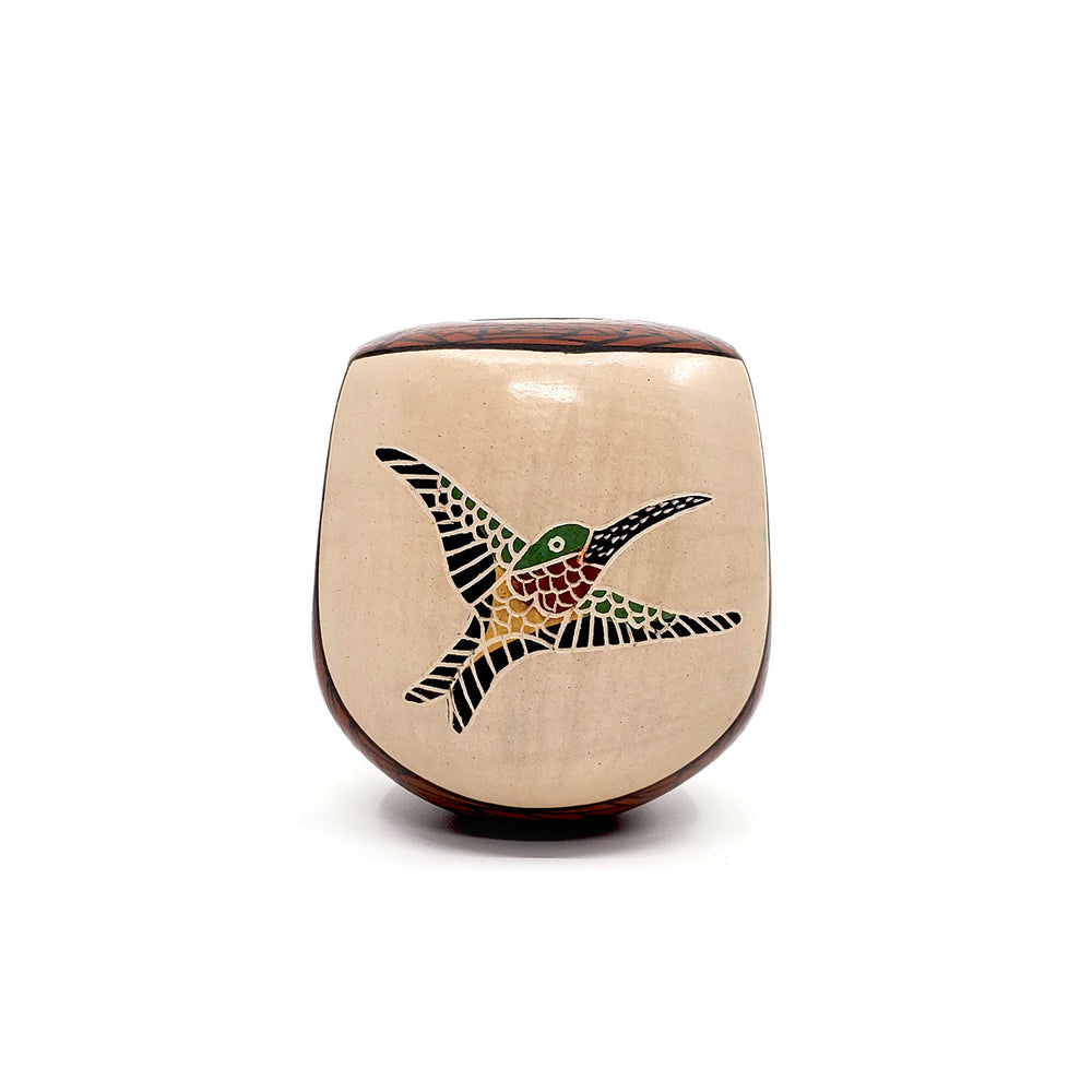 Small Mata Ortiz Pot - Rounded Triangle Shape with Hummingbird