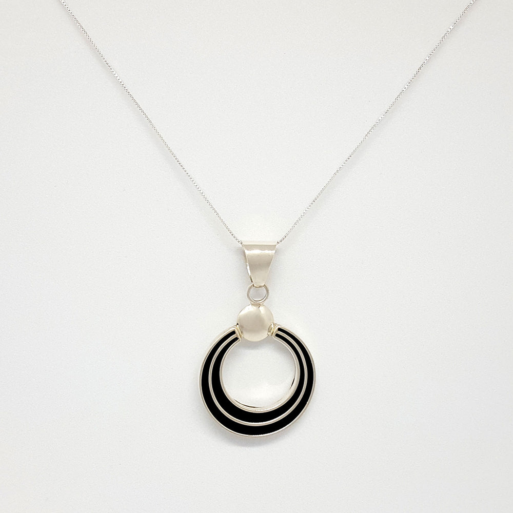 Francis Jones: Circle Track Necklace