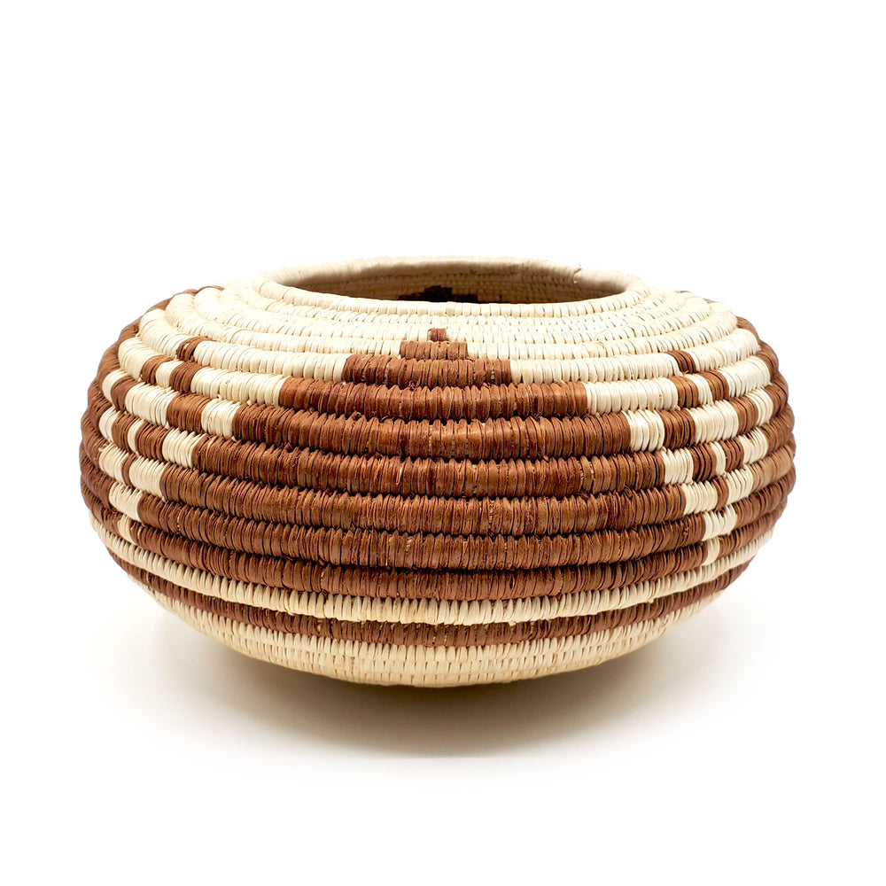 Star/Cave Design Basket - Seri