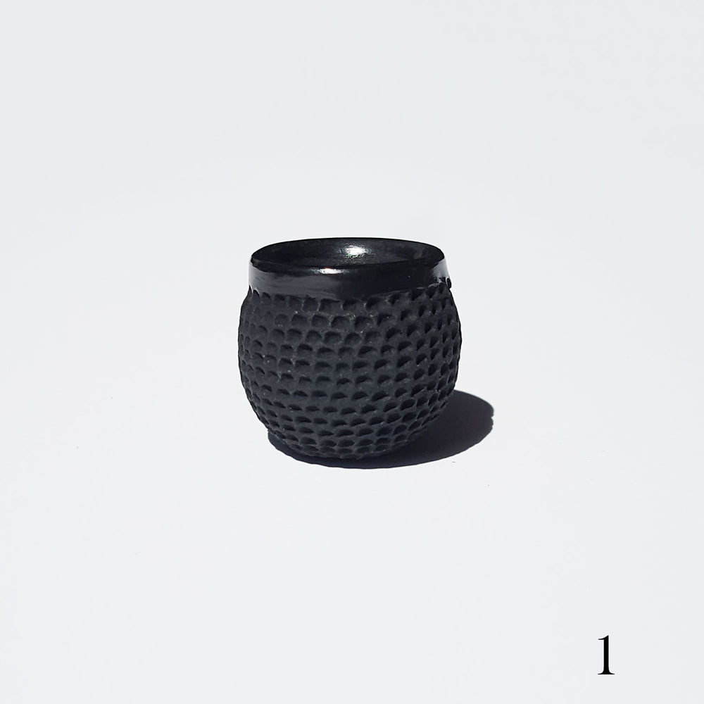 Dimpled Seed Pot - Black