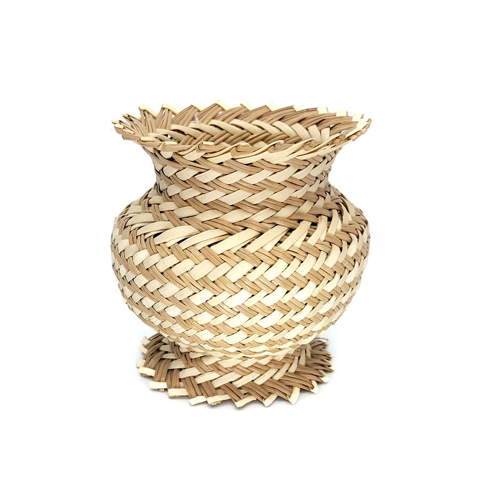Tarahumara Woven Footed Pot - Neutrals