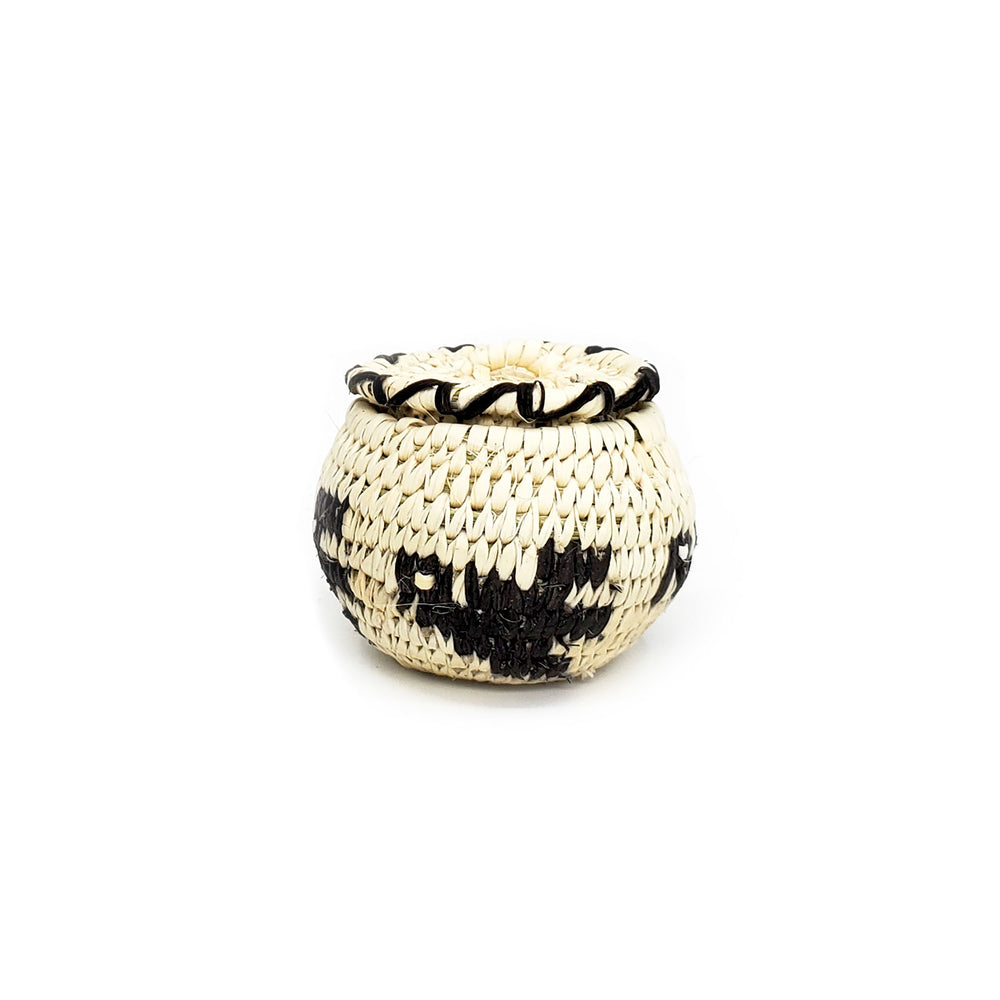 miniature lidded basket turkey design