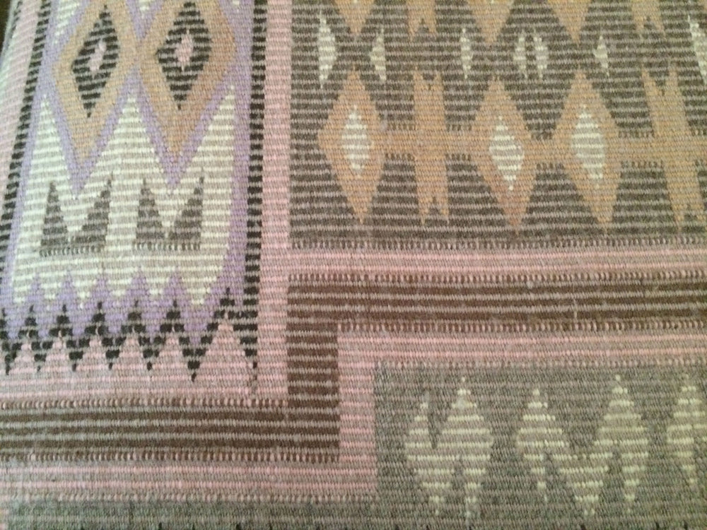 Navajo Textile: Coal Mine Mesa Raised Outline - Storm Pattern