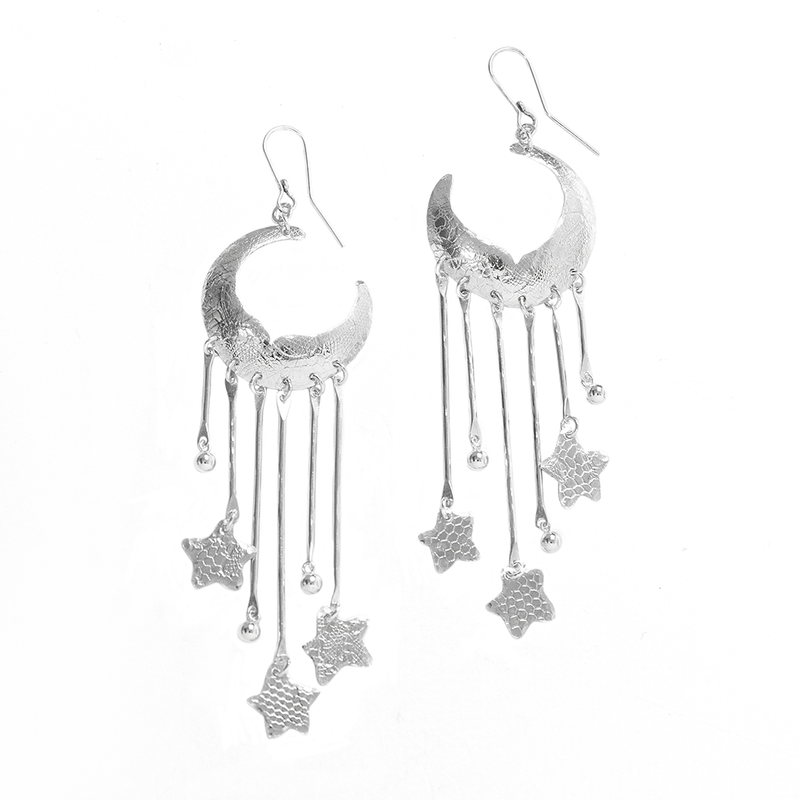 Lullaby Shoulder dusting earrings