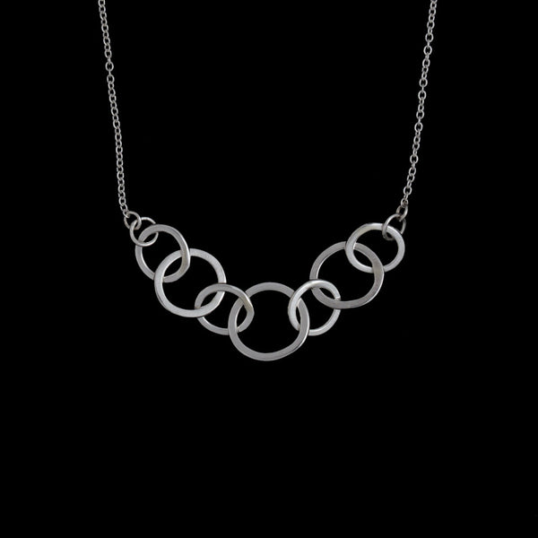 Sea Chain Pendant Line