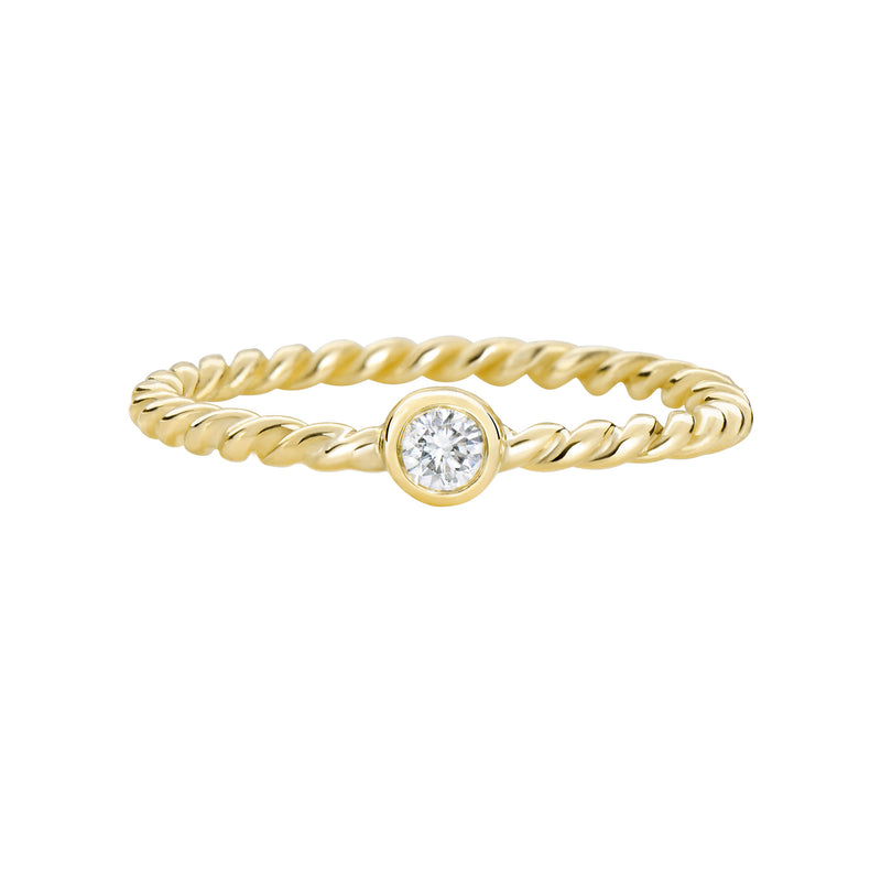 Thread XO yellow gold ring with diamond