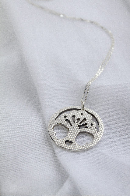 IWK Comfort Necklace
