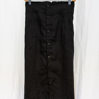brie tea skirt in black 100% linen fabric buttons up the front with pockets women's clothes day to night attire casual comfy chic hand sewn wings hawaii