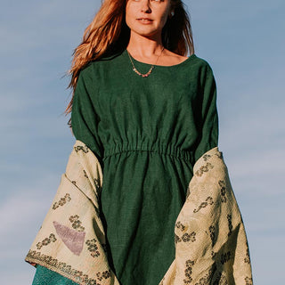 100% rayon long sleeve caftan dress in hunter green stretchy waistband and pockets women's comfortable and chic clothing attire fall and winter essential hand made haiku maui wings hawaii