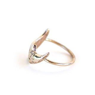 Sleeping Moon Ring - Gold