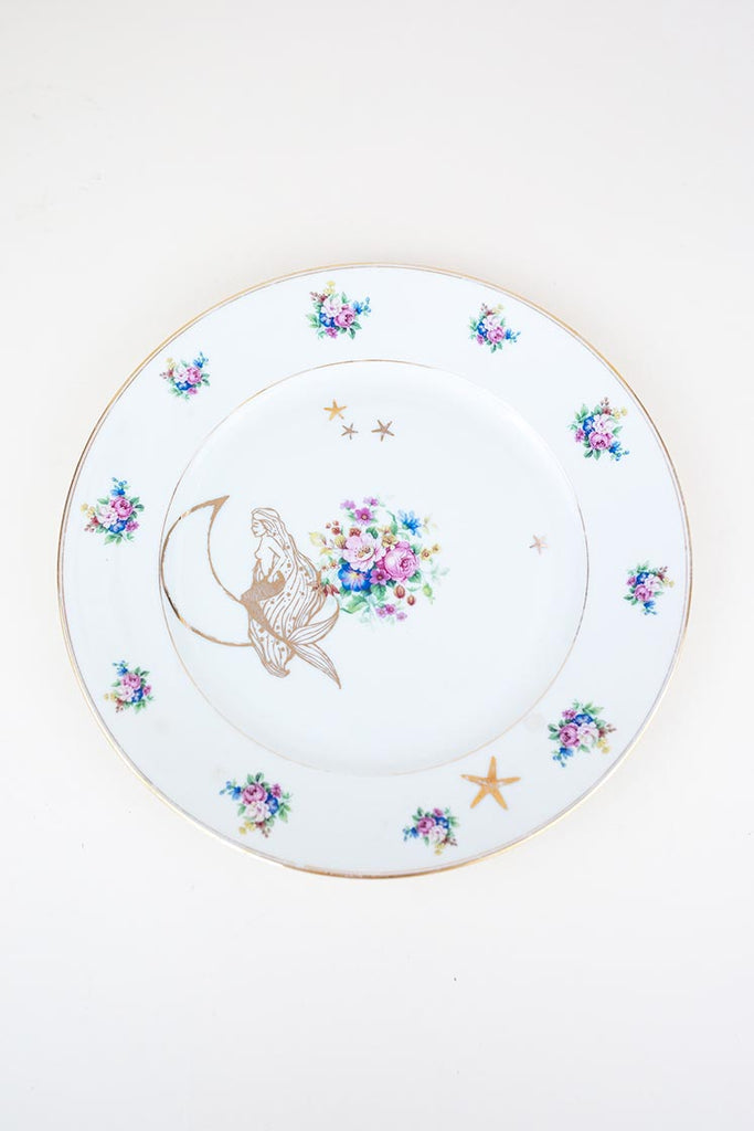 moonmaid mermaid and moon gold graphic fired onto vintage white floral dinner plate wings hawaii