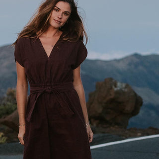 lily dress 100% linen with pockets and belt women's casual and chic clothing day to evening attire hand sewn haiku maui wings hawaii