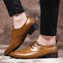 Load image into Gallery viewer, HEE GRAND Bussiness PU Leather Fringe Dress Shoes Man 2019 New Retro British Brogue Shoes Pointed Toe Fashion Man Shoes XMP892