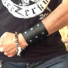 80's Metal - 3 Buckle 'Zakk Wylde' Leather Wrist-Strap