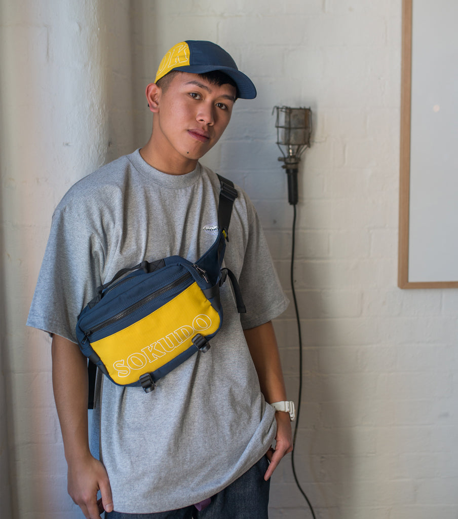Sokudo Shoulder Bag (Navy / Yellow)