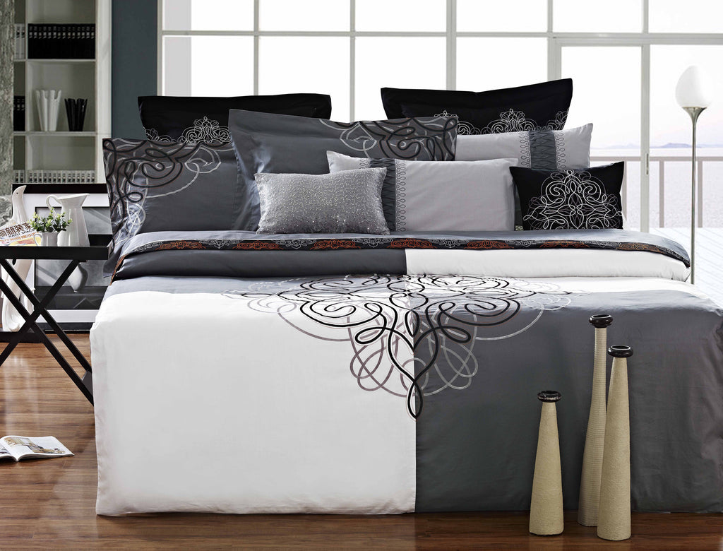 Luxury Bed Sheet Set White Art Collection Nirvana - large - 1