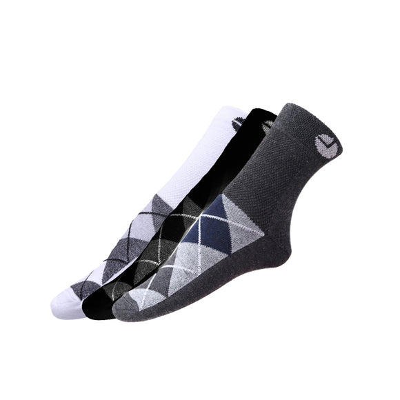 AVI White Black and Grey socks with checks C3R1000029