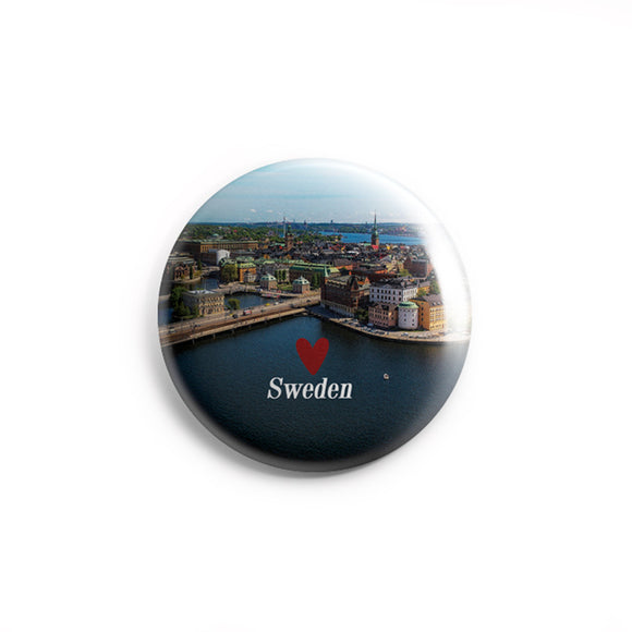 AVI 58mm Badge Sweden Europe Travel Souvenir with flag Regular Size R8002244
