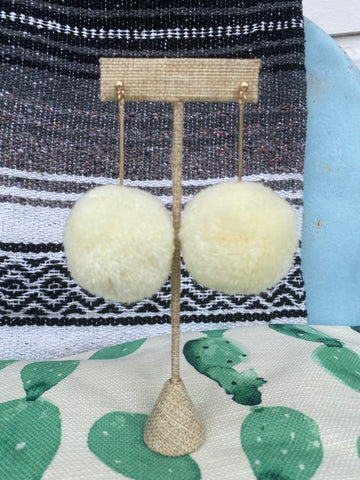 Cream Pom Pom Earrings