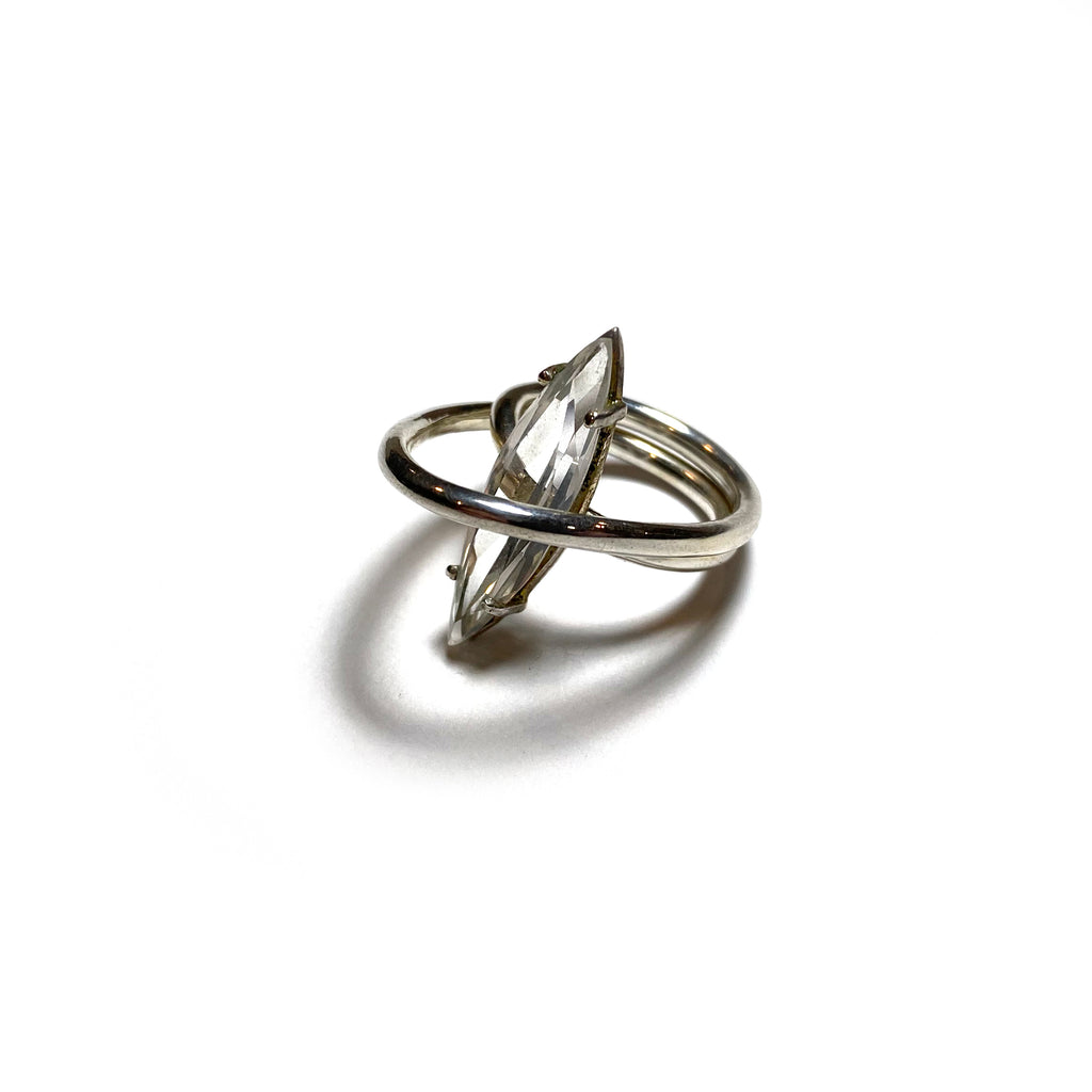 Single Cloud Ring with Gem (Silver)