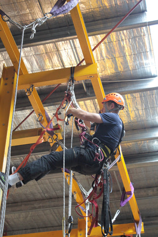 Rope Access Technologies - IRATA Level 1/2/3 Courses on Hold for now. Hopefully Back Sometime in September. Call to be wait listed 03 9329 0377