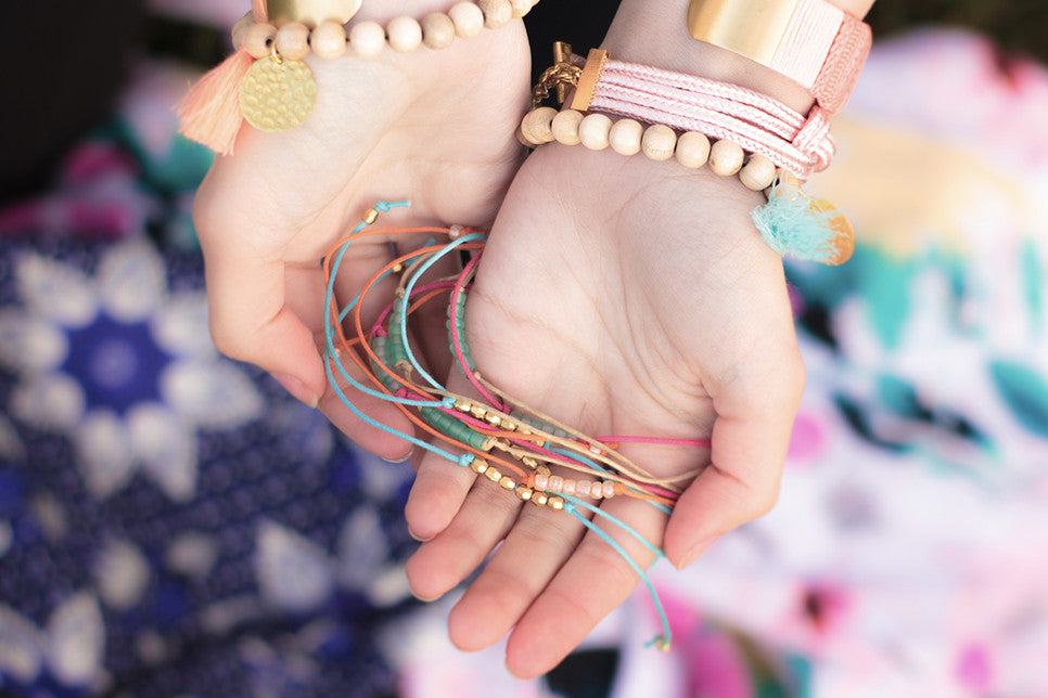 wish-bracelet-ephemere-gypset-beach-plage-friendship-friend-amitié-pas-cher-coton-bijoux-ete