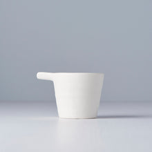 Load image into Gallery viewer, Pourer white Modern 8cm