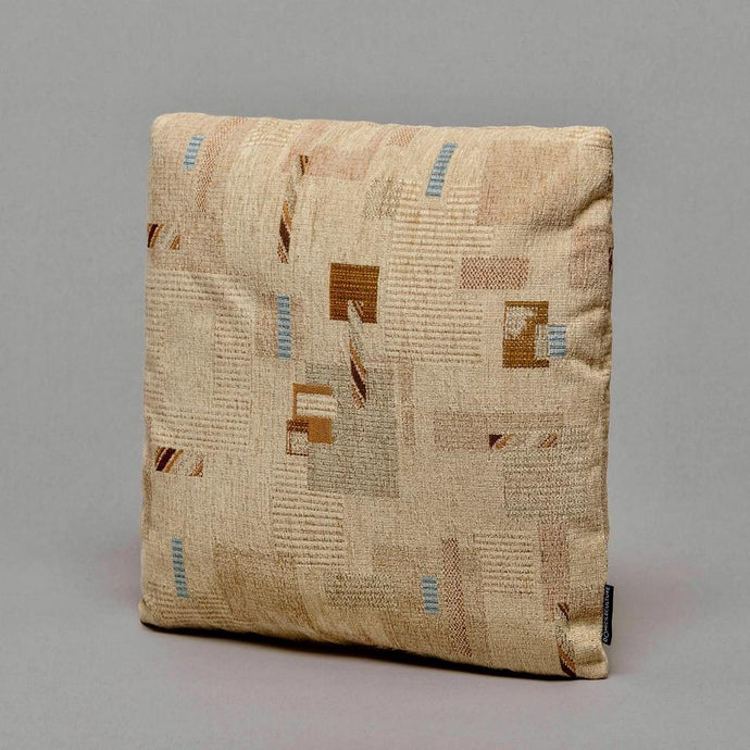 EPOCH · DÉCOR CUSHION · SAND D❍MICILECULTURE CURATED BY EYEDS