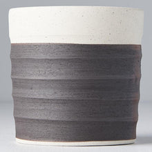 Load image into Gallery viewer, Grooved Mug White & Black Clay Base