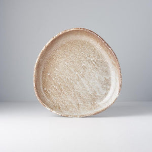 Plate ʻOnigiri' with High Rim Dry Dunes 25cm
