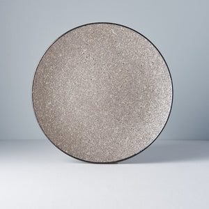 Round plate Earth Black 29cm · €35 · Home & Garden > Kitchen & Dining > Tableware > Dinnerware > Plates · CURATED BY EYEDS | eyeds.se