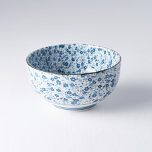Load image into Gallery viewer, Udon Bowl Blue Daisy 16cm