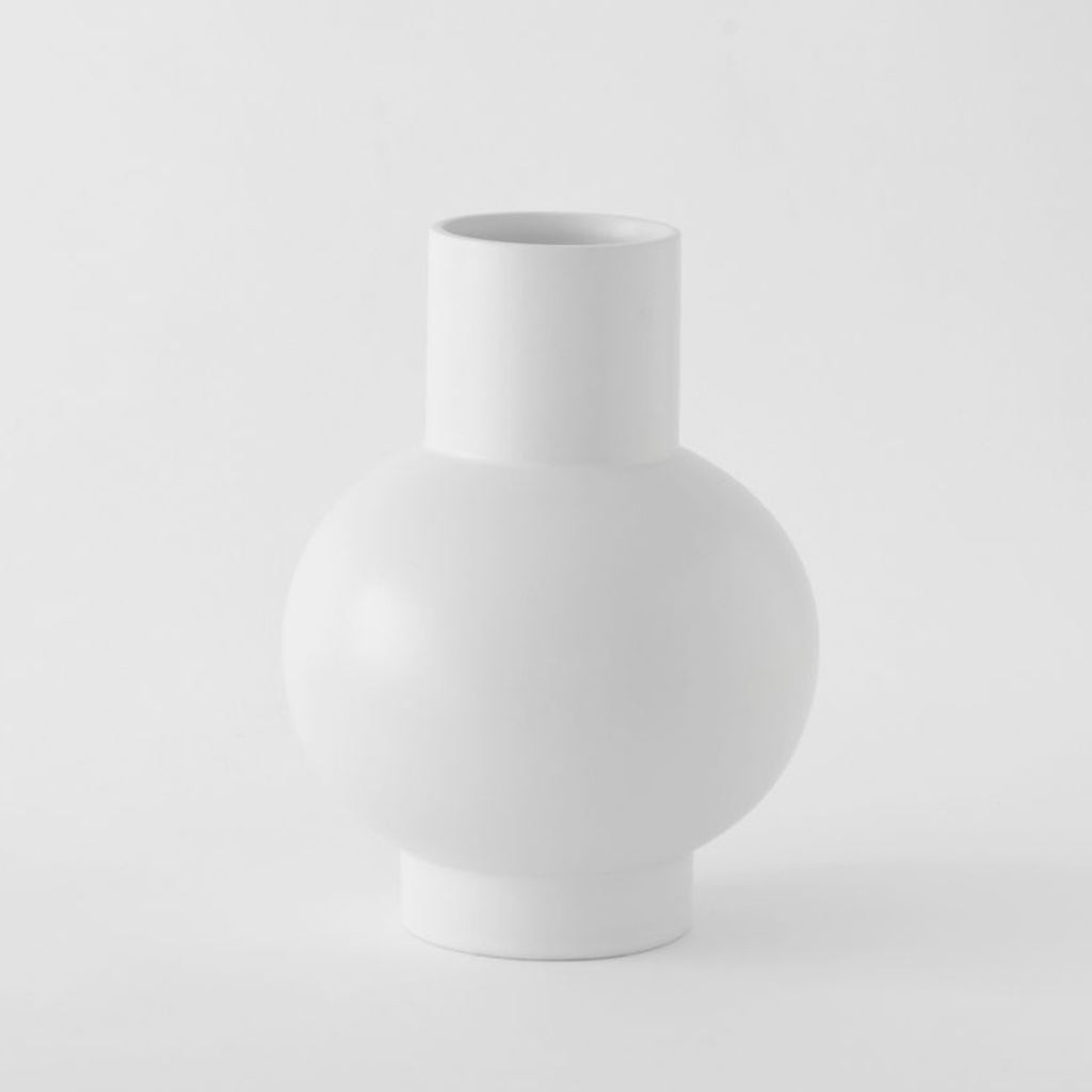 X·Large Vase「Strøm」Earthenware by Raawii, €135, RAAWII · CURATED BY EYEDS