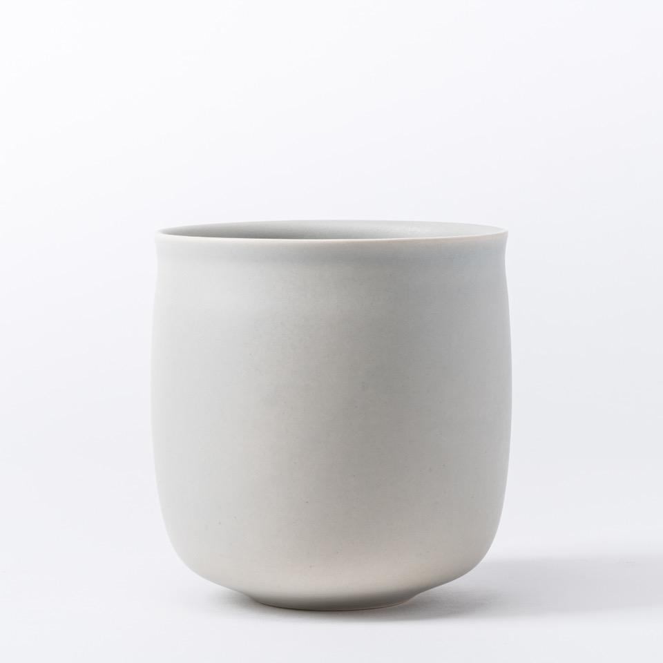 Vase 01「ALEV」Earthenware by Raawii, €60, RAAWII · CURATED BY EYEDS