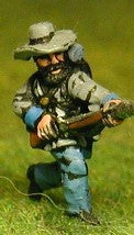 BG20 Union or Confederate: Infantry in Slouch Hat & Tunic with full pack and equipment:Charging (fixed bayonet)