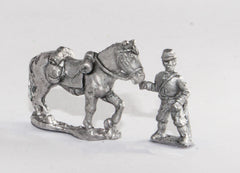 BG69 Union or Confederate: Two horse holders in kepi with 4 horses