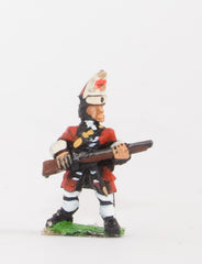 BRO14 European Armies: Grenadier in Mitre Cap: At the ready (English Foot Guards)