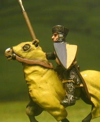 F1 Early Medieval: Mounted Knight c.1175 in mail & flat topped helmet