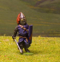F31 Early Medieval: Dismounted Knight c.1300 in mail & surcoat