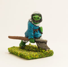 FAN48 Scaley Orc: Rabble with Axe and Dagger