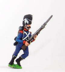FN124 Light Infantry (Leger) 1804-12: Carabinier advancing in Bearskin