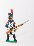 FN8 Imperial Guard 1804-12: Grenadier in Full Dress, loading