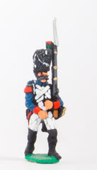 FN13 Chasseur 1804-12: in Full Dress, advancing
