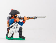 FN34 Line Infantry 1804-12: Grenadier in Chapeau kneeling, firing