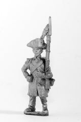 FN64 Line Infantry 1804-12: Voltiguer in Greatcoat & Chapeau, advancing