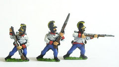 AST5 Assorted Hungarian Fusiliers in Helmets, firing/loading