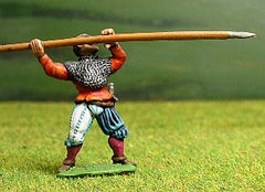 LM23 Landsknechts: Pikeman with Pike horizontal (middle rank)