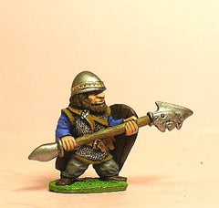 Q14 Dwarf: Mailed Fighter with Polearm