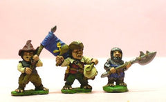 Q90 Halflings: Regimental Leader in Mail with Polearm, Drummer and Standard Bearer with Standard